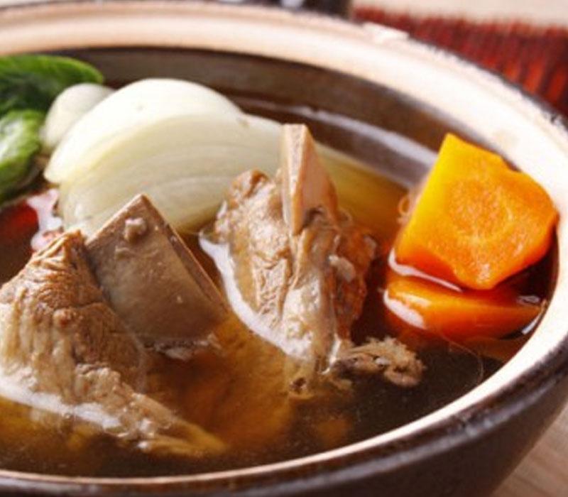シンガポールバクテー(肉骨茶)